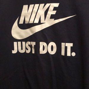 Nike Tops - Niki navy blue tee shirt